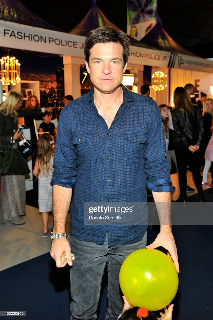 Actor <a gi-track='captionPersonalityLinkClicked' href=/galleries/search?phrase=Jason+Bateman&family=editorial&specificpeople=204774 ng-click='$event.stopPropagation()'>Jason Bateman</a> attends the P.S. Arts Express Yourself 2013 event held at Barker Hangar on November 17, 2013 in Santa Monica, California.