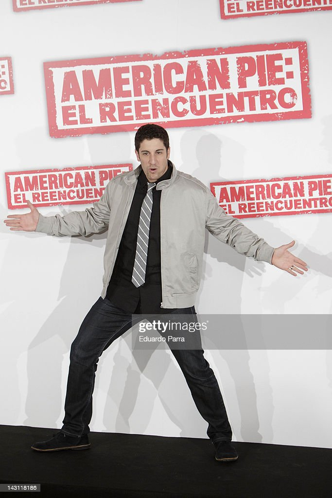 US actor <a gi-track='captionPersonalityLinkClicked' href=/galleries/search?phrase=Jason+Biggs+-+Acteur&family=editorial&specificpeople=210701 ng-click='$event.stopPropagation()'>Jason Biggs</a> attends 'American Pie: Reunion' (American Pie: El Reencuentro) photocall at Villamagna Hotel on April 19, 2012 in Madrid, Spain.