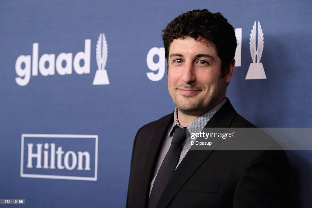 Actor Jason Biggs attends at The 27th Annual GLAAD Media Awards with Hilton at Waldorf Astoria Hotel on May 14, 2016 in New York City.