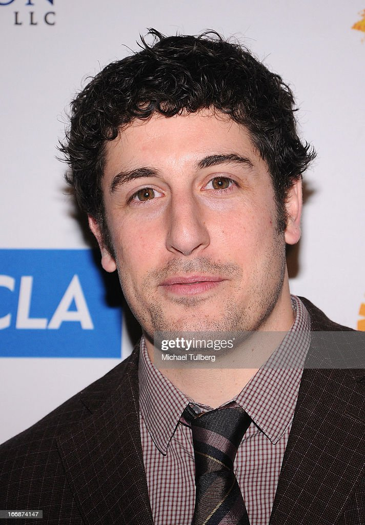 Actor <a gi-track='captionPersonalityLinkClicked' href=/galleries/search?phrase=Jason+Biggs+-+Actor&family=editorial&specificpeople=210701 ng-click='$event.stopPropagation()'>Jason Biggs</a> attends 'The Kaleidescope Ball' benefitting The UCLA Children's Discovery And Innovation at Beverly Hills Hotel on April 17, 2013 in Beverly Hills, California.