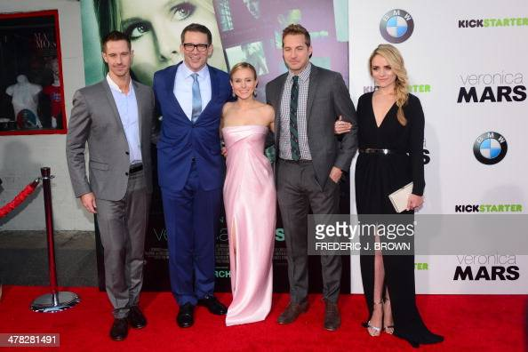 Actor Jason Dohring director Rob Thomas actress Kristen Bell actor Ryan Hansen and actress Amanda Noret pose on arrival for the film premiere of...
