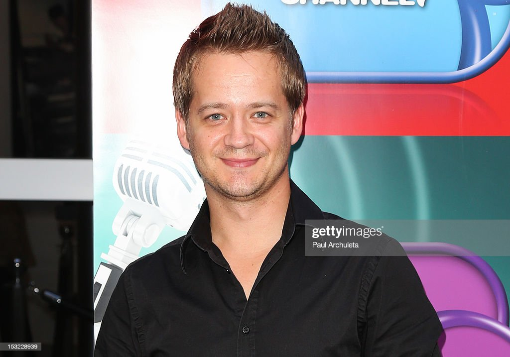 Actor <a gi-track='captionPersonalityLinkClicked' href=/galleries/search?phrase=Jason+Earles&family=editorial&specificpeople=877291 ng-click='$event.stopPropagation()'>Jason Earles</a> attends the Disney Channel's 'Girl Vs. Monster' special screening at Walt Disney Studios on October 1, 2012 in Burbank, California.