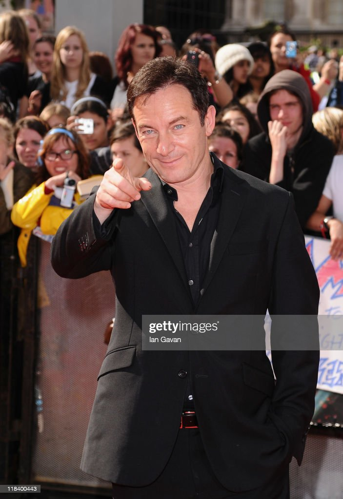 Actor <a gi-track='captionPersonalityLinkClicked' href=/galleries/search?phrase=Jason+Isaacs&family=editorial&specificpeople=212740 ng-click='$event.stopPropagation()'>Jason Isaacs</a> attends the World Premiere of Harry Potter and The Deathly Hallows - Part 2 at Trafalgar Square on July 7, 2011 in London, England.