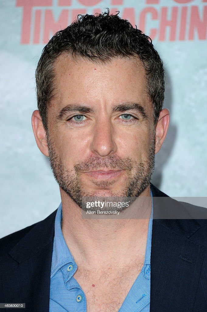 Actor Jason Jones arrives at the Los Angeles premiere of 'Hot Tub Time Machine 2' at Regency... Show more - actor-jason-jones-arrives-at-the-los-angeles-premiere-of-hot-tub-time-picture-id463830010