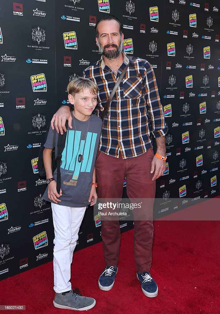 Actor Jason Lee attends the 10th Annual Stand Up For Skateparks benefiting the Tony Hawk Foundation on October 5, 2013 in Beverly Hills, California.