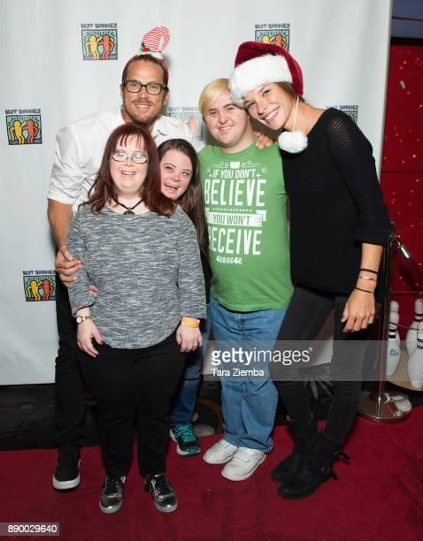 Actor Jason Lewis tv personalities Rachel Osterbach Caley Versfelt Sean McElwee and model Liz Godwin attend Bowling For Buddies at PINZ Bowling...