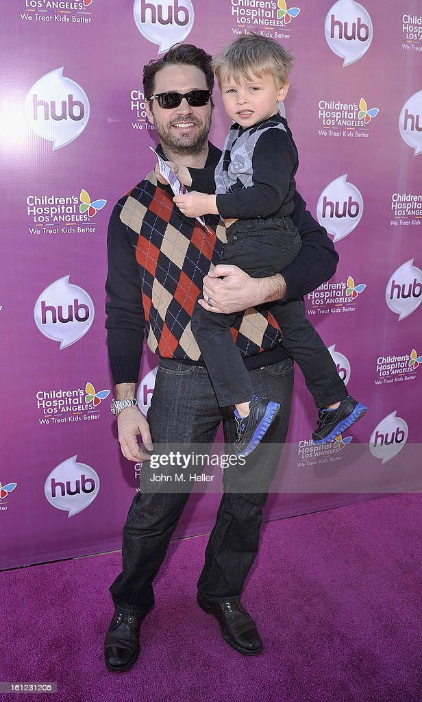 Actor <a gi-track='captionPersonalityLinkClicked' href=/galleries/search?phrase=Jason+Priestley&family=editorial&specificpeople=208687 ng-click='$event.stopPropagation()'>Jason Priestley</a> and Dashell Orson Priestley arrive at the My Little Pony Coronation Concert at the Brentwood Theatre on February 9, 2013 in Los Angeles, California.