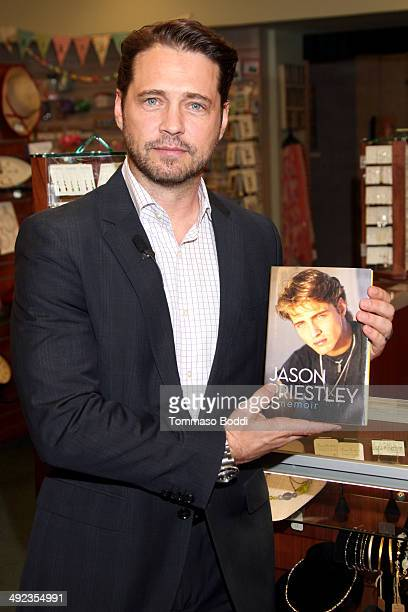 Actor Jason Priestley signs copies of his new book 'Jason Priestley A Memoir' at Vroman's Bookstore on May 19 2014 in Pasadena California