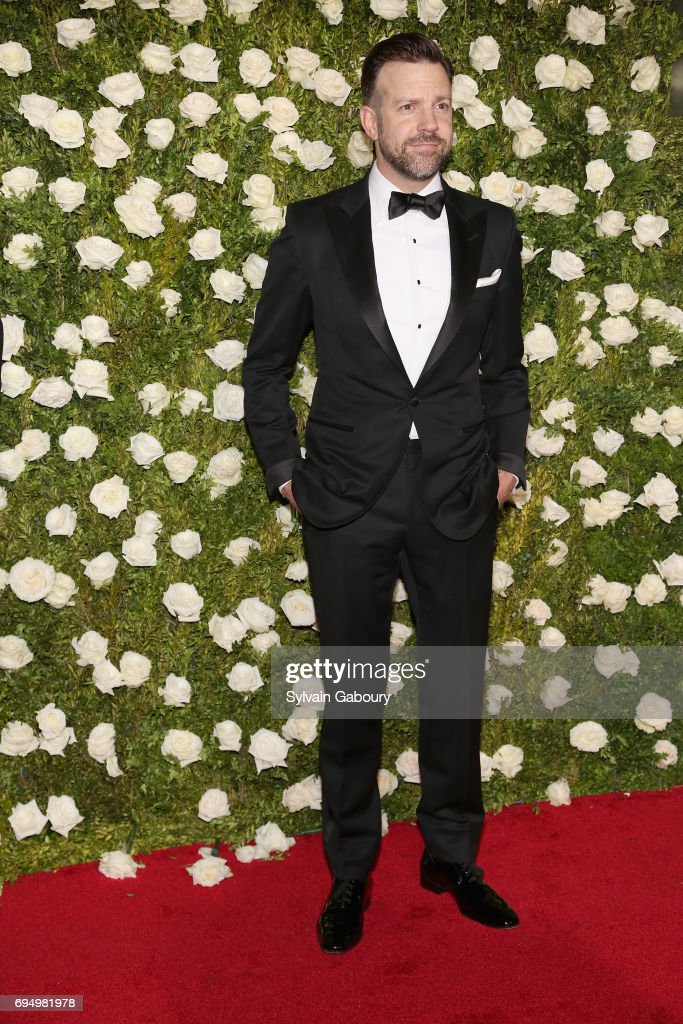 actor-jason-sudeikis-attends-the-2017-tony-awards-at-radio-city-music-picture-id694981978