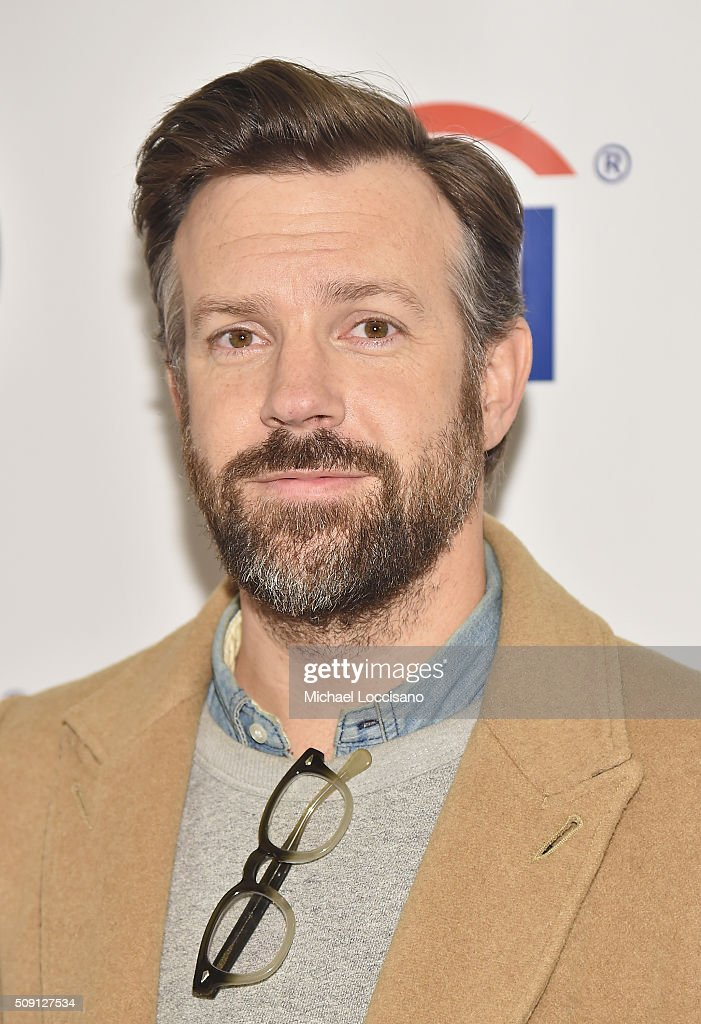Actor <a gi-track='captionPersonalityLinkClicked' href=/galleries/search?phrase=Jason+Sudeikis&family=editorial&specificpeople=4232997 ng-click='$event.stopPropagation()'>Jason Sudeikis</a> attends the New York screening of 'Tumbledown' at AMC Empire on February 8, 2016 in New York City.