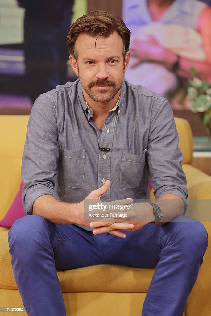 Actor Jason Sudeikis visits Univisions Despierta America at Univision Headquarters on July 23, 2013 in Miami, Florida.