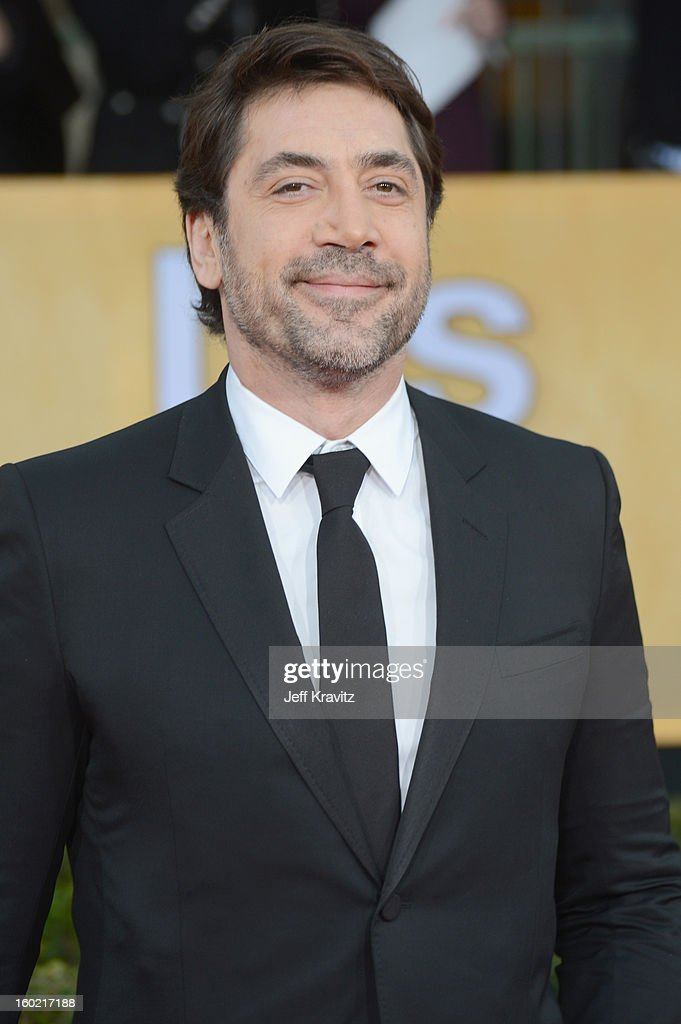 Actor <a gi-track='captionPersonalityLinkClicked' href=/galleries/search?phrase=Javier+Bardem&family=editorial&specificpeople=209334 ng-click='$event.stopPropagation()'>Javier Bardem</a> arrives at the 19th Annual Screen Actors Guild Awards held at The Shrine Auditorium on January 27, 2013 in Los Angeles, California.