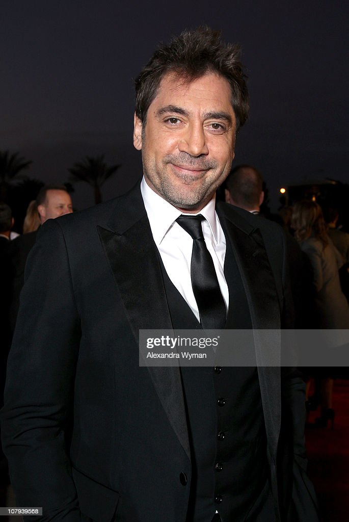 Actor <a gi-track='captionPersonalityLinkClicked' href=/galleries/search?phrase=Javier+Bardem&family=editorial&specificpeople=209334 ng-click='$event.stopPropagation()'>Javier Bardem</a> arrives at the 22nd Annual Palm Springs International Film Festival Awards Gala at the Palm Springs Convention Center on January 8, 2011 in Palm Springs, California.