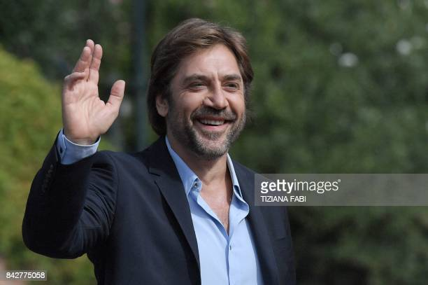 Actor Javier Bardem arrives at the Excelsior Hotel during the 74th Venice Film Festival on September 5 2017 at Venice Lido / AFP PHOTO / Tiziana FABI