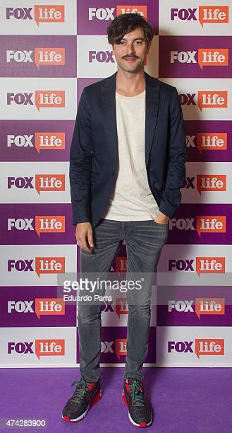 Actor Javier Rey attends 'Atrapa tu momento' competition photocall at Bon Vivant Co bar on May 21 2015 in Madrid Spain