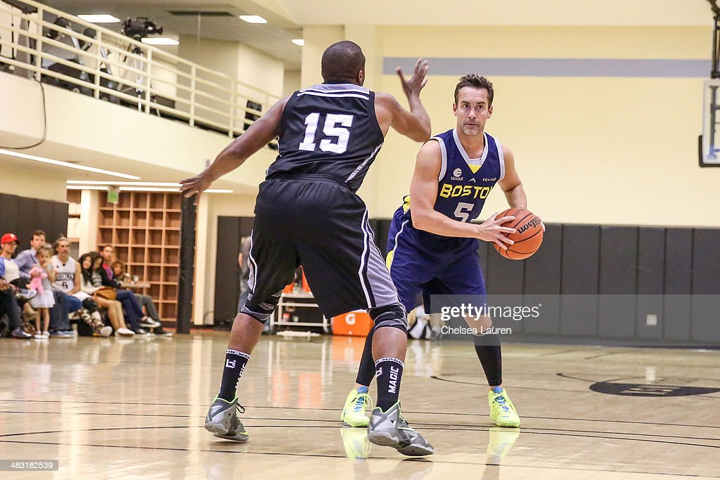 Actor Jay Harrington attends the E-League celebrity basketball game at Equinox Sports Club West LA on April 6, 2014 in Los Angeles, California.