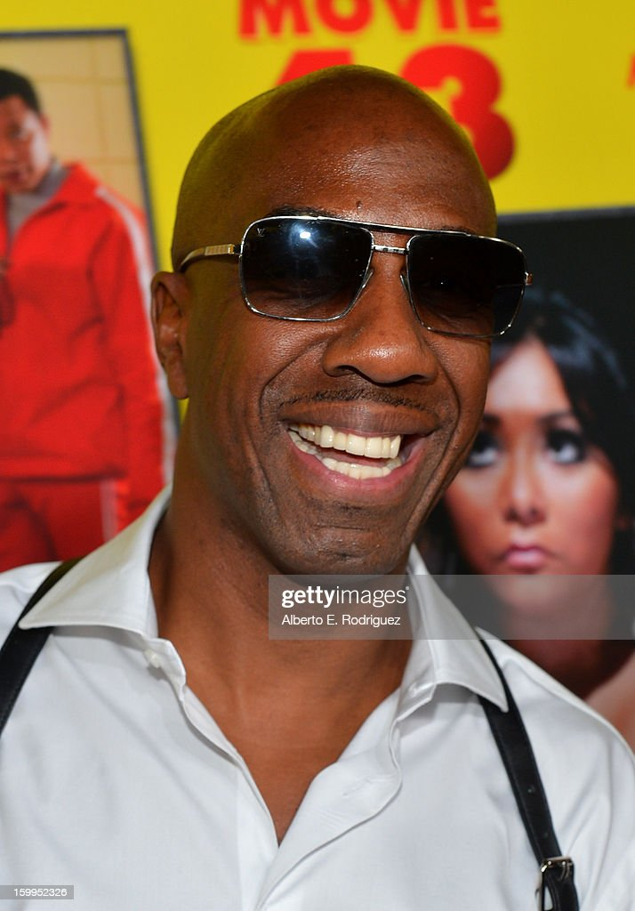 Actor <a gi-track='captionPersonalityLinkClicked' href=/galleries/search?phrase=J.B.+Smoove&family=editorial&specificpeople=3035162 ng-click='$event.stopPropagation()'>J.B. Smoove</a> attends Relativity Media's 'Movie 43' Los Angeles Premiere held at the TCL Chinese Theatre on January 23, 2013 in Hollywood, California.