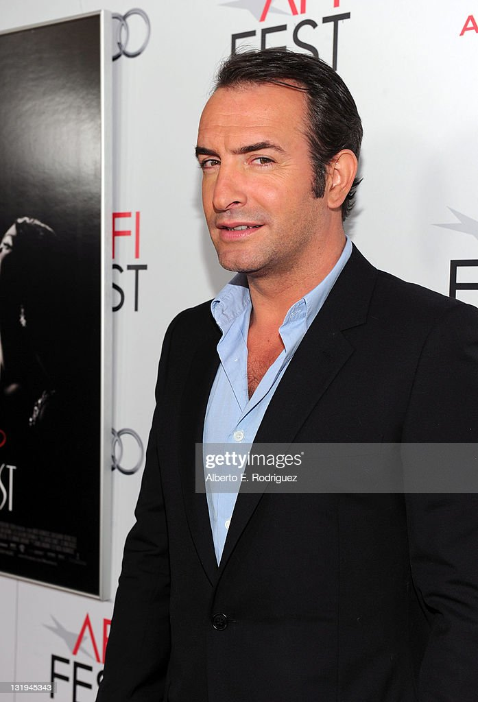 Presented by audi the artist special screening red for Jean dujardin parents