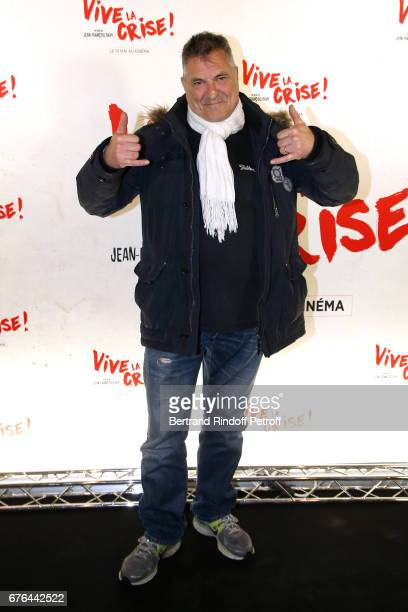 Actor JeanMarie Bigard attends the 'Vive la Crise' Paris Premiere at Cinema Max Linder on May 2 2017 in Paris France