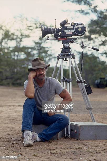 Actor JeanPaul Belmondo on the set of 'Itineraire d'un enfant gate' directed by Claude Lelouch Belmondo won the 1989 Cesar award for Best Actor for...