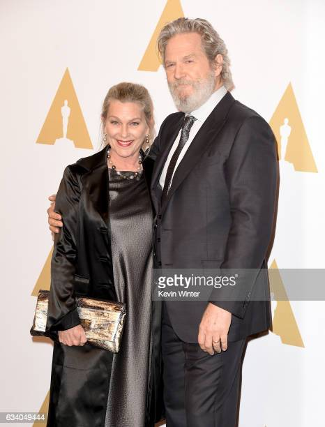 Actor Jeff Bridges and Susan Bridges attend the 89th Annual Academy Awards Nominee Luncheon at The Beverly Hilton Hotel on February 6 2017 in Beverly...