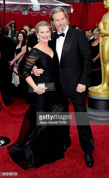 Actor Jeff Bridges and wife Susan Geston arrive at the 82nd Annual Academy Awards held at Kodak Theatre on March 7 2010 in Hollywood California