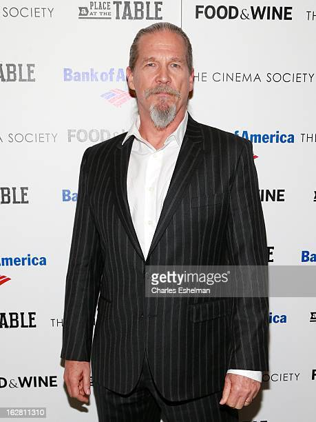 Actor Jeff Bridges arrives at Bank of America and Food Wine with The Cinema Society present a screening of 'A Place at the Table' at the Celeste...