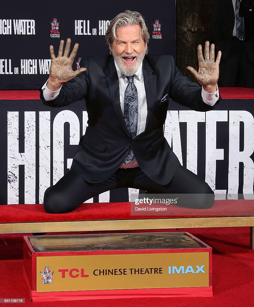 Jeff Bridges Hand And Footprint Ceremony