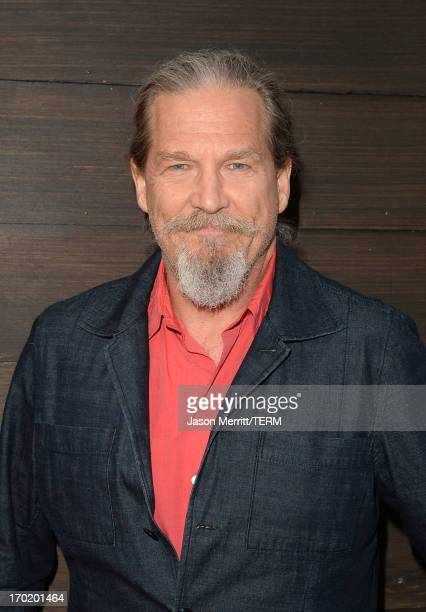 Actor Jeff Bridges attends Spike TV's Guys Choice 2013 at Sony Pictures Studios on June 8 2013 in Culver City California
