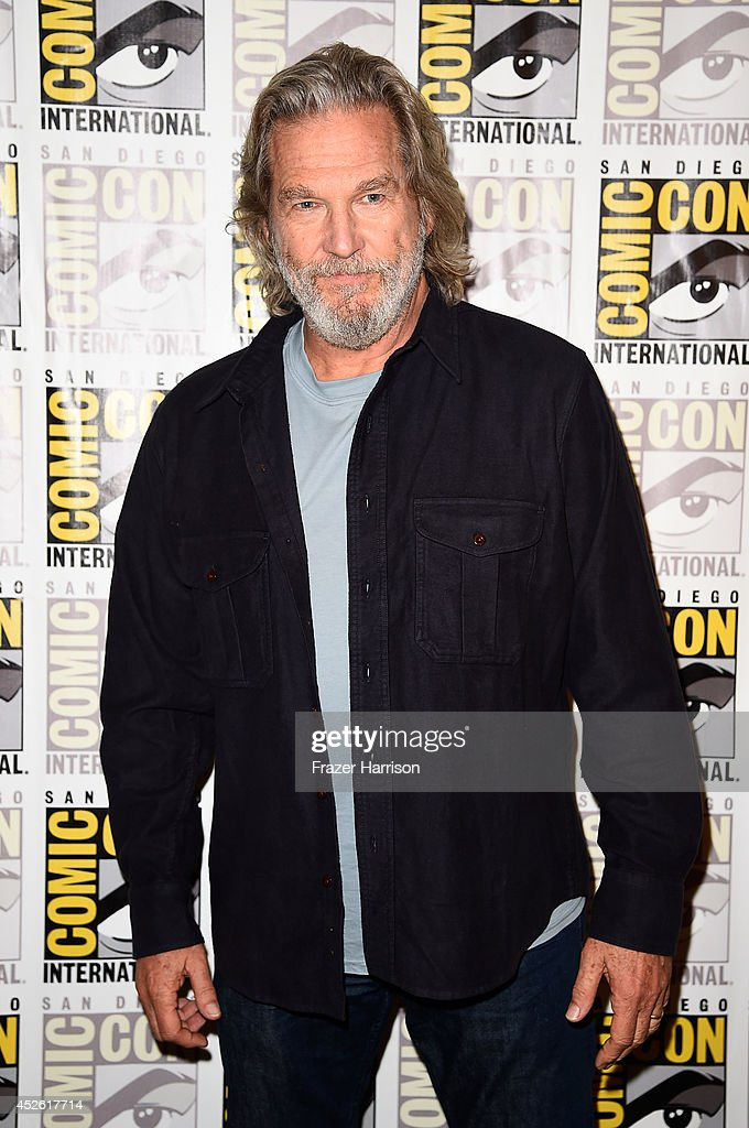 Actor Jeff Bridges attends the 'The Giver' Press Line during ComicCon International 2014 at Hilton Bayfront on July 24 2014 in San Diego California