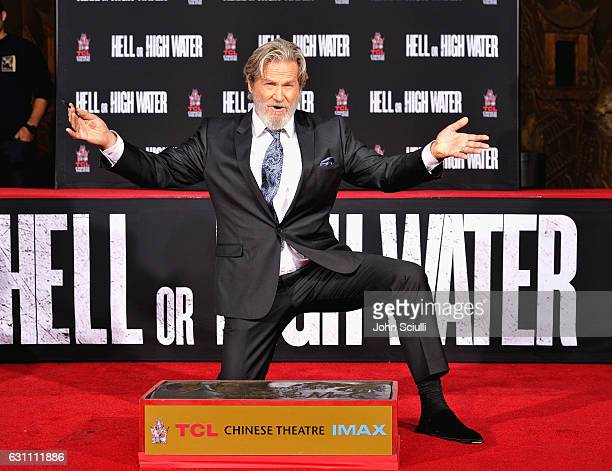 Actor Jeff Bridges participates in his hands and footprints ceremony at TCL Chinese Theater on January 6 2017 in Los Angeles California