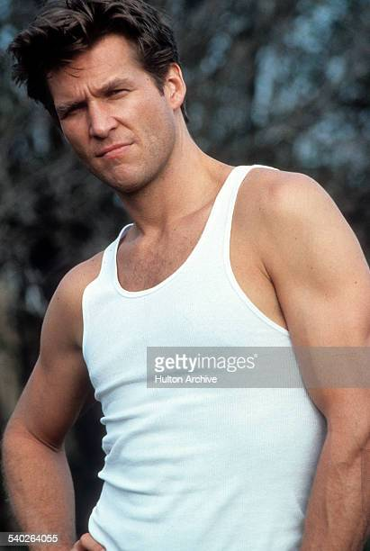 Actor Jeff Bridges poses for the movie ' Nadine' in 1987