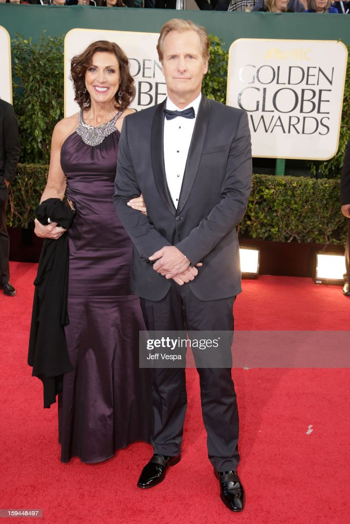 Actor Jeff Daniels (R) and wife Kathleen Treado arrive at the 70th Annual Golden Globe Awards held at The Beverly Hilton Hotel on January 13, 2013 in Beverly Hills, California.
