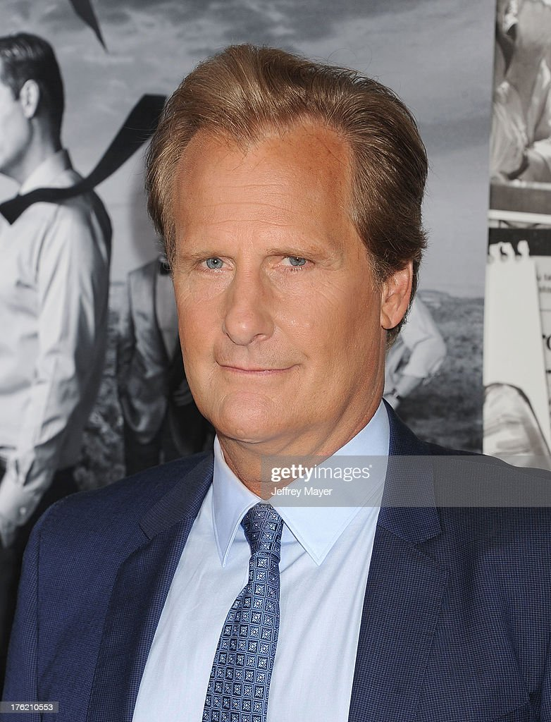 Actor Jeff Daniels arrives at the Los Angeles Season 2 Premiere Of HBO's Series 'The Newsroom' at Paramount Studios on July 10, 2013 in Hollywood, California.
