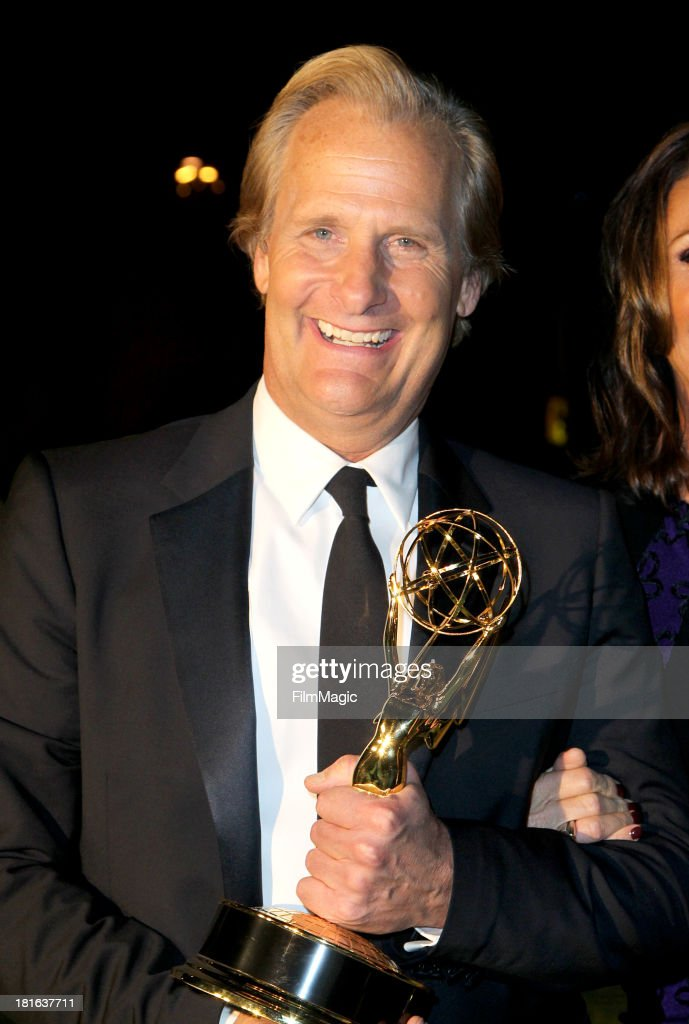 Actor Jeff Daniels attends HBO's official Emmy After Party at The Plaza at the Pacific Design Center on September 22, 2013 in Los Angeles, California.