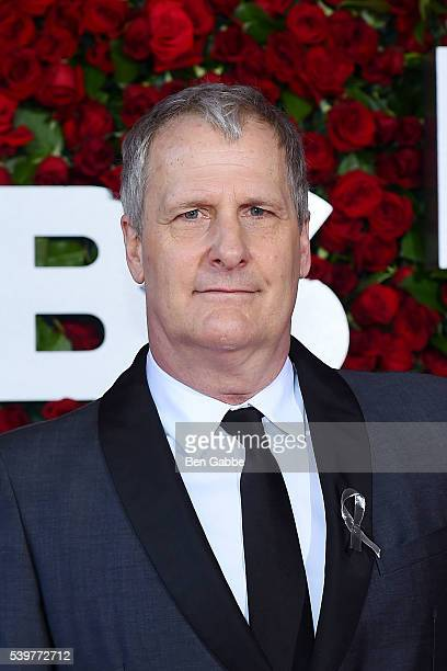 Actor Jeff Daniels attends the 70th Annual Tony Awards at The Beacon Theatre on June 12 2016 in New York City