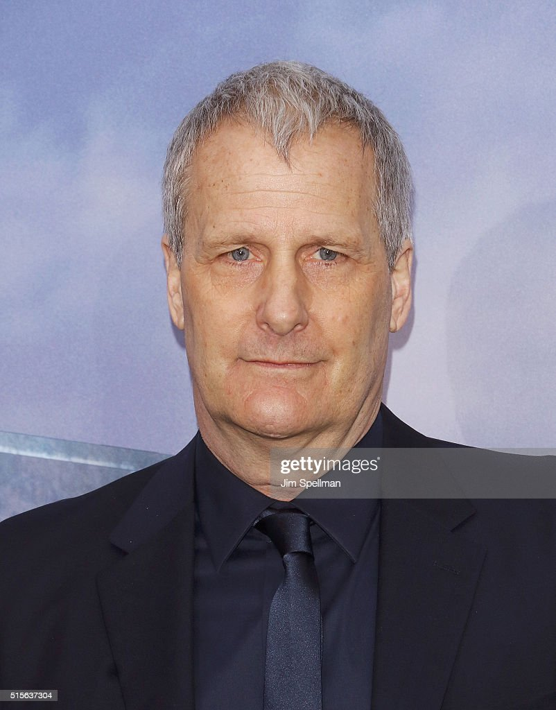 Actor Jeff Daniels attends the 'Allegiant' New York premiere at AMC Loews Lincoln Square 13 theater on March 14, 2016 in New York City.