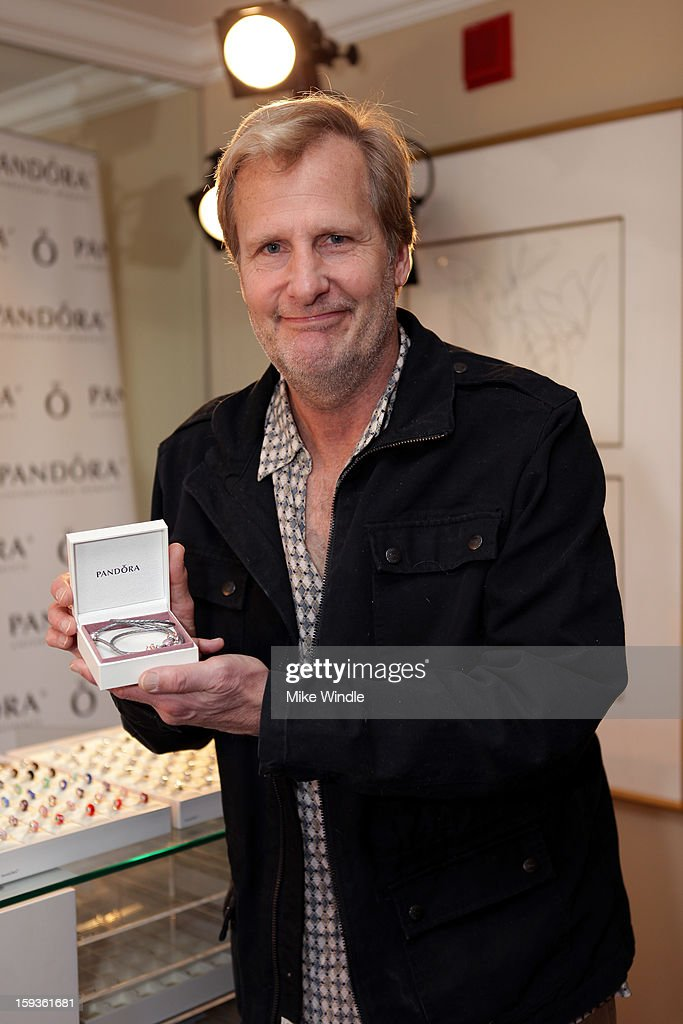 Actor Jeff Daniels attends the HBO Luxury Lounge in honor of the 70th Annual Golden Globe Awards at Four Seasons Hotel Los Angeles at Beverly Hills on January 12, 2013 in Beverly Hills, California.