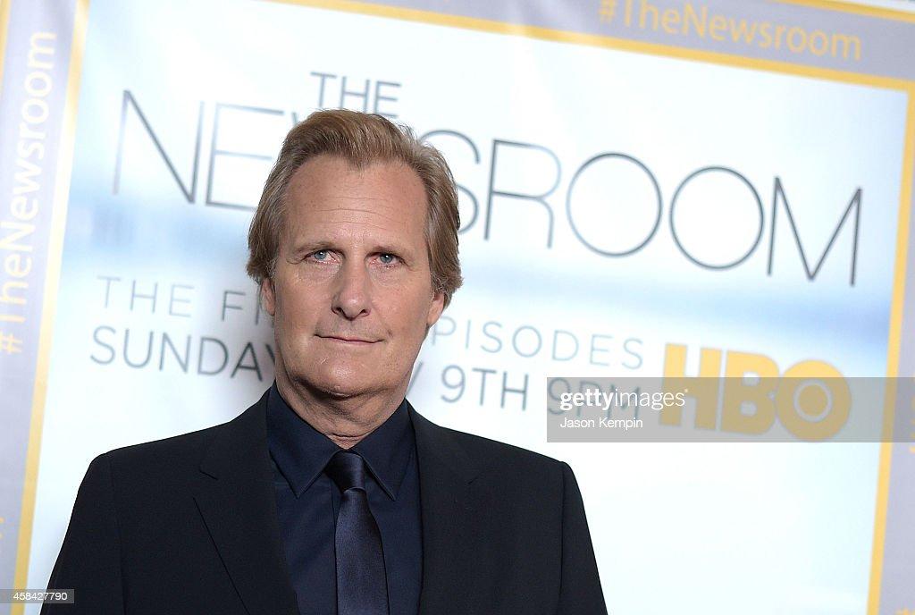 "Premiere Of HBO's ""Newsroom"" Season 3 - Arrivals"