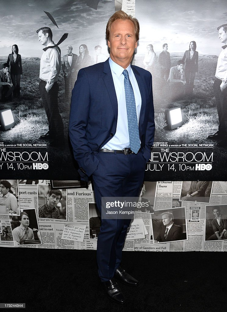 Actor Jeff Daniels attends the premiere of HBO's 'The Newsroom' Season 2 at Paramount Theater on the Paramount Studios lot on July 10, 2013 in Hollywood, California.