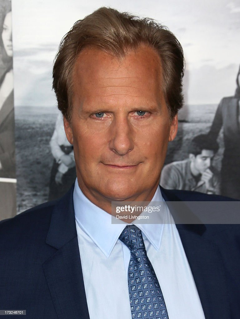 Actor Jeff Daniels attends the premiere of HBO's 'The Newsroom' Season 2 at the Paramount Theater on the Paramount Studios lot on July 10, 2013 in Hollywood, California.