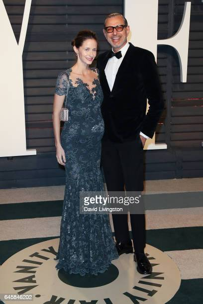 Actor Jeff Goldblum and Emilie Livingston attend the 2017 Vanity Fair Oscar Party hosted by Graydon Carter at the Wallis Annenberg Center for the...