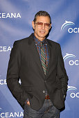 Actor Jeff Goldblum arrives to the annual Oceana Partner's Awards Gala honoring former Vice President Al Gore at the home of Jena and Michael King in...