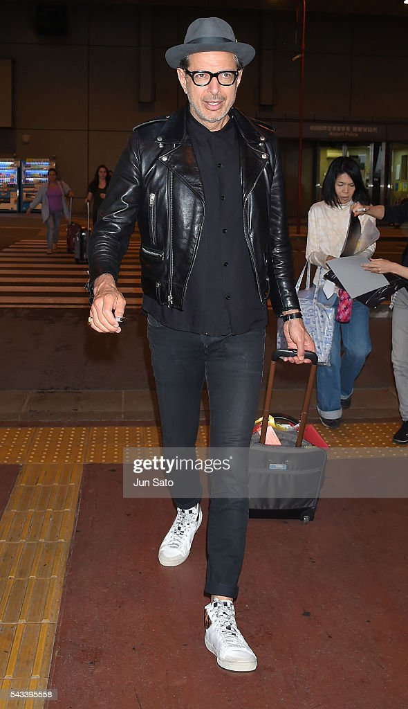 Actor <a gi-track='captionPersonalityLinkClicked' href=/galleries/search?phrase=Jeff+Goldblum&family=editorial&specificpeople=204160 ng-click='$event.stopPropagation()'>Jeff Goldblum</a> is seen upon arrival at the Narita International Airport on June 28, 2016 in Narita, Japan.