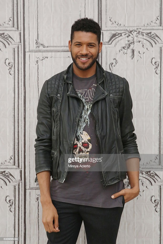 Actor Jeffrey Bowyer-Chapman from the television show, 'UnREAL', visit AOL Studios in New York on May 24, 2016 in New York City.