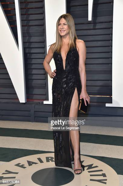Actor Jennifer Aniston attends the 2017 Vanity Fair Oscar Party hosted by Graydon Carter at Wallis Annenberg Center for the Performing Arts on...
