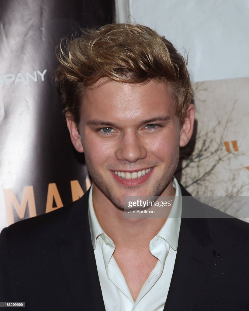 Actor <a gi-track='captionPersonalityLinkClicked' href=/galleries/search?phrase=Jeremy+Irvine&family=editorial&specificpeople=7595423 ng-click='$event.stopPropagation()'>Jeremy Irvine</a> attends the 'Railway Man' premiere on April 7, 2014 in New York City.
