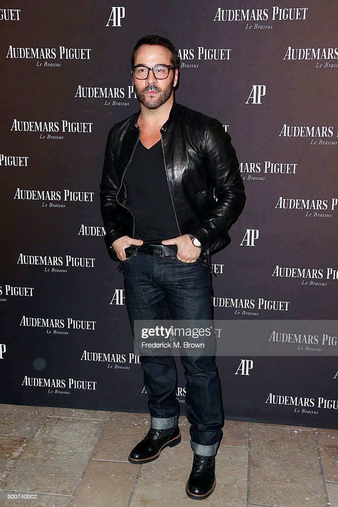 Actor Jeremy Piven attends Audemars Piquet Celebrates Grand Opening of Rodeo Drive Boutique on December 9, 2015 in Beverly Hills, California.