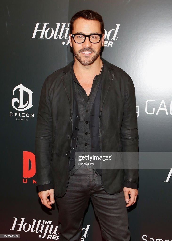 Actor Jeremy Piven attends the Django Unchained NY premiere at Ziegfeld Theatre on December 11, 2012 in New York City.