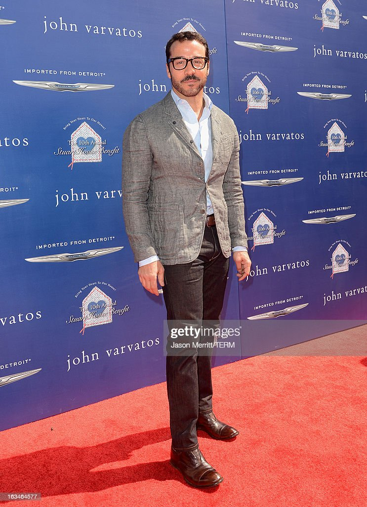 Actor Jeremy Piven attends the John Varvatos 10th Annual Stuart House Benefit presented by Chrysler, Kids Tent by Hasbro Studios, at John Varvatos Los Angeles on March 10, 2013 in Los Angeles, California.